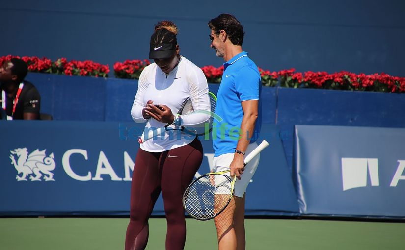 Professional Tennis Player Roger Federer Legend Hoodie Adult /& Kids Hoodie Top