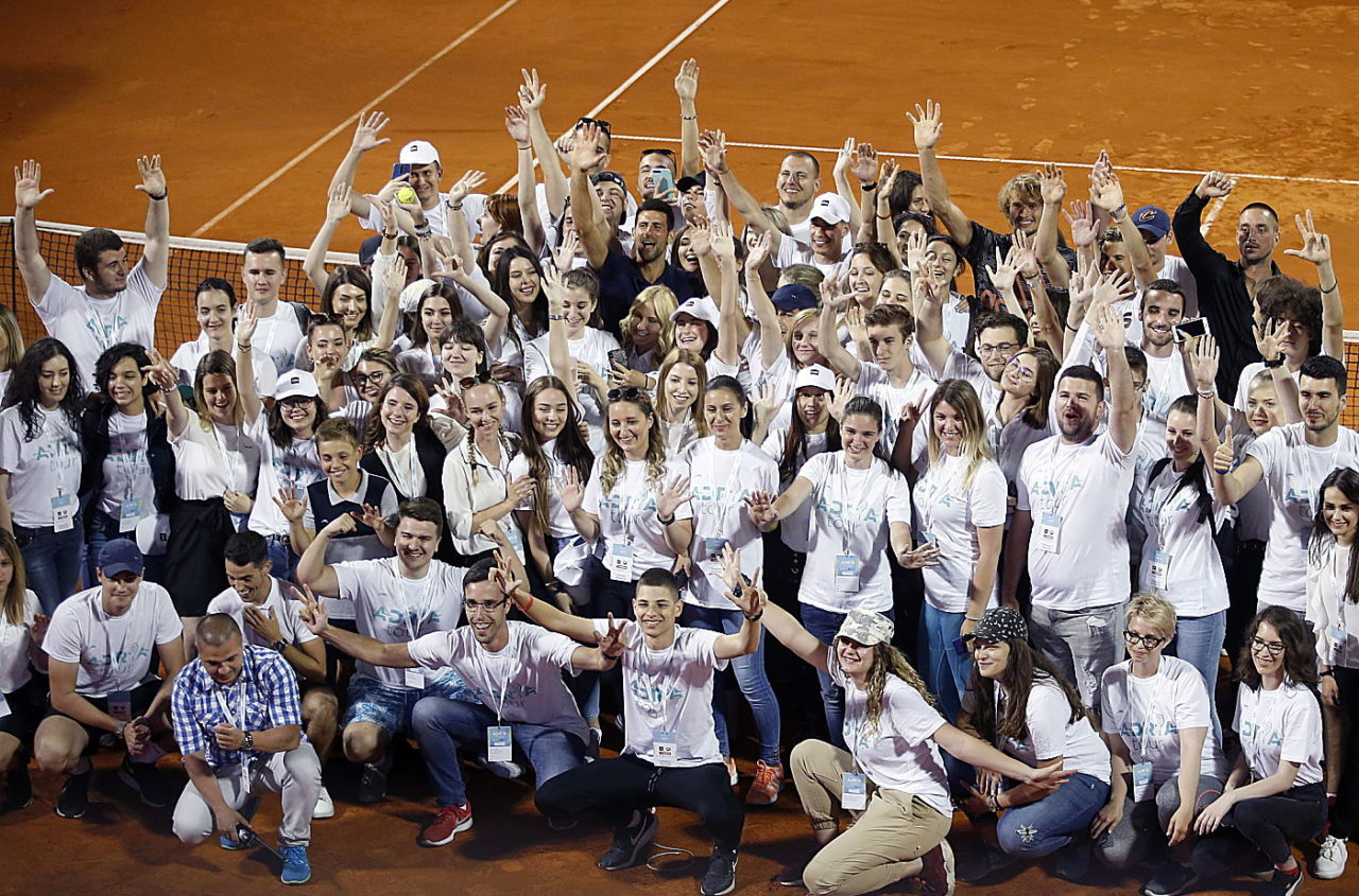 After the Belgrade leg, Djokovic posed with ... well, everyone - players, volunteers, tournament staff.